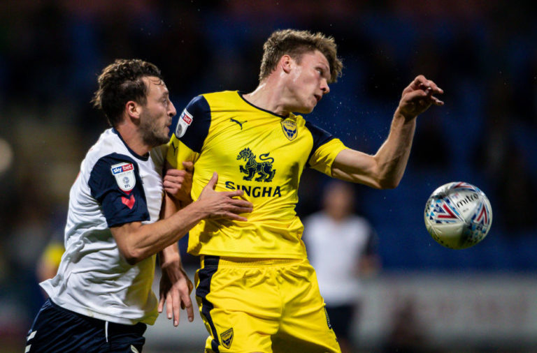 'Quick, great in the air': Oxford United boss raves about reported Derby County target Robert Dickie