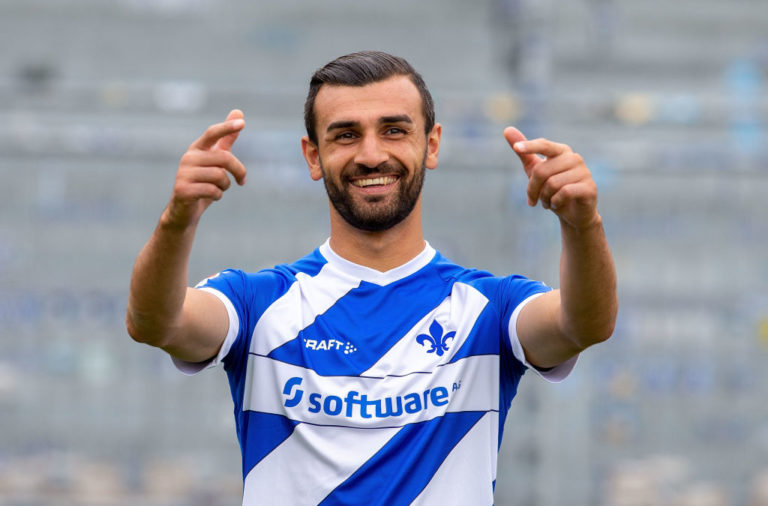 Report: Schalke in talks to sign Serdar Dursun, Derby saw £900k offer for him rejected